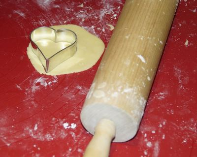 pastry rolling pin baking cooking cake heart food love