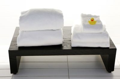 towels bathroom minimalism clean relax wash comfort rest restore pamper design trend decor rubber duck